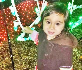 Mia loves Xmas lights